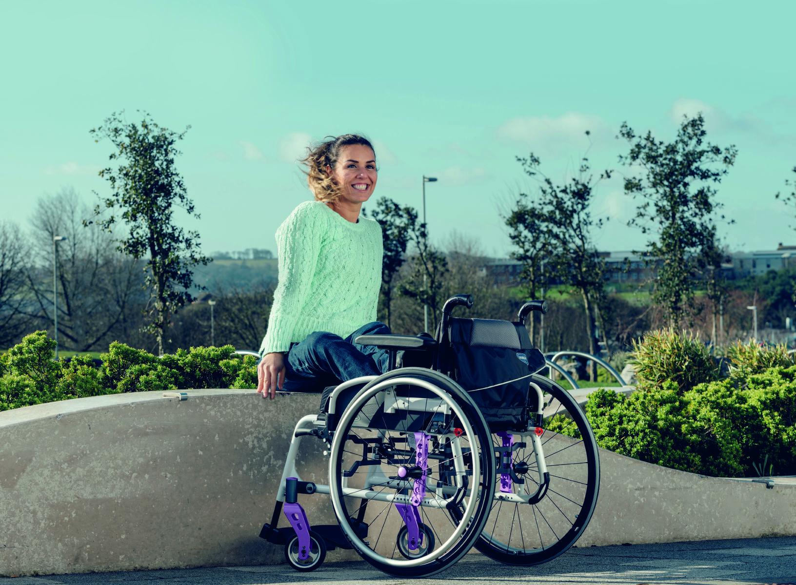 cadeira-rodas-manual-action-5